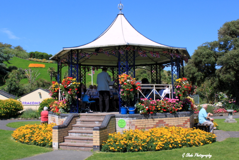 Ilfracombe Music on the bandstand