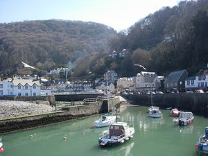 Places to visit in Devon-Lynmouth-devon-moorparks-holiday-cottage